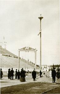 1896 Rope climbing